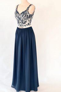 1blaues Kleid Oberteil Spitze Unterteil weich fließend